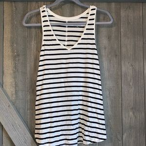 3/$10 mossimo women's black and white stripped tank top flowy not tight